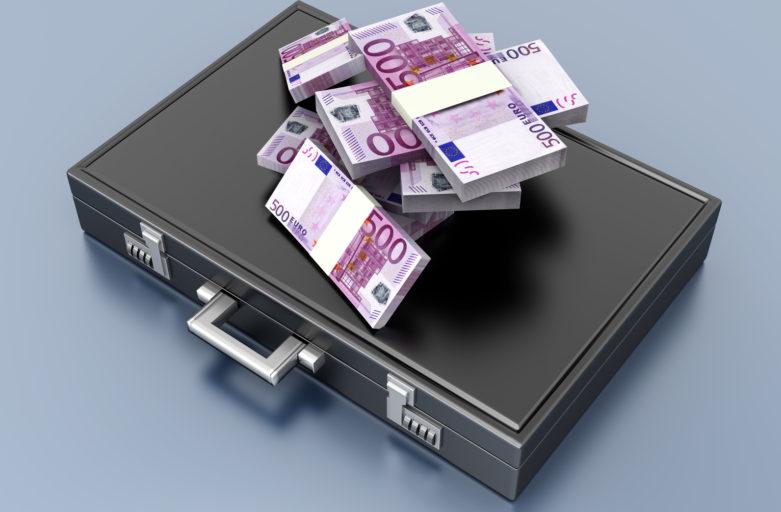 Auch EU-Kommission lehnt schwarz-blaue Steuerpläne ab: Kalliauer fordert Millionärssteuer zur Entlastung der Beschäftigten